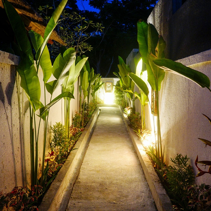 hallway to the private villas